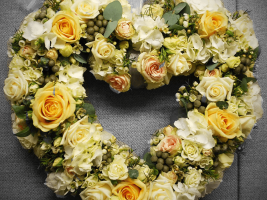 Creative Floral Designs - Weddings 4